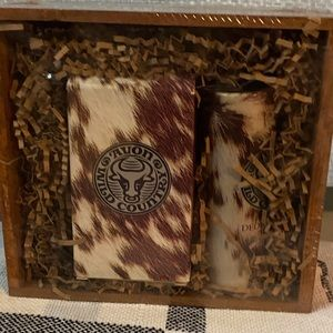 🐻Avon Wild Country Gift set in wooden crate🐻
